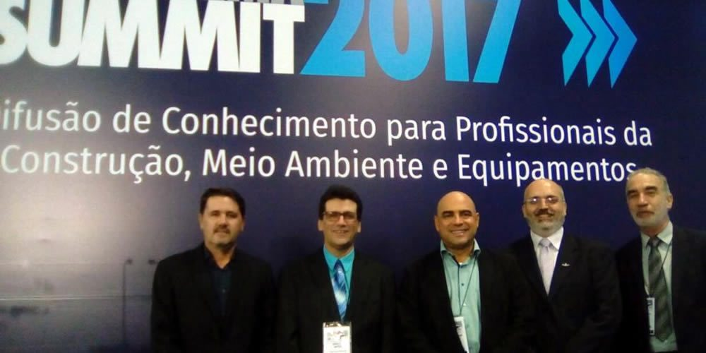 Reunião da ANALOC Discutindo o futuro da Locação no  Brasil